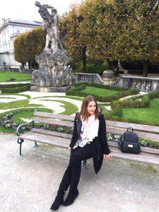 Stadtspaziergang durch den Mirabellen Garten