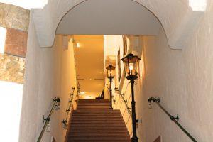 Schöne versteckte Gänge und Treppen im Posthotel Archenkirch
