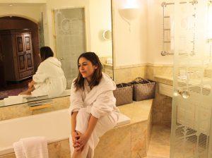 Das luxuriöse Badezimmer in der Junior-Suite