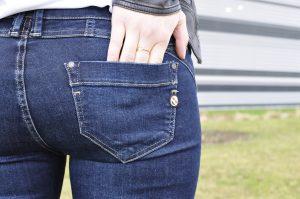 Patches Jeans Details