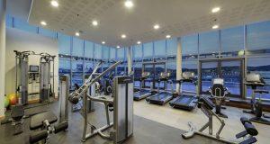 Das Fitnesscenter mit einem tollen Ausblick auf die Stadt (Quelle: Hilton Budapest City)