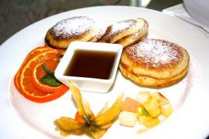 Fluffige Pancakes zum Frühstück im Hilton Budapest City