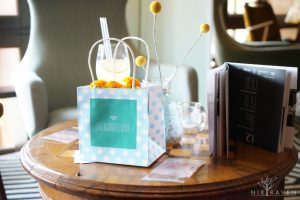 Frühlingshafte Dekoration auf dem Fashiondeluxxe Charity Bazar