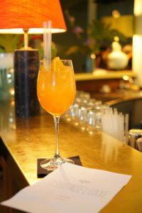 "Ein ""Beauty Glow Cocktail"" an der HEARTHOUSE Bar"