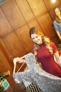 """Viola Kraus spendete u.a. dieses Pailletten Kleid, das sie in der ersten Folge der RTL Sendung """"Der Bachelor"""" trug"""