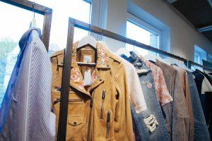 Die neue Kollektion von Anine Bing - mein Highlight: die bestickte Lederjacke! (Quelle: Le Bureau)