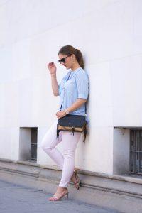 Pastell Look für sonnige Herbsttage mit Foldover Fransen Bag