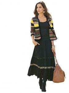 Mitten im Herbst angekommen wird es Zeit für kuschelige Strickjacken und wärmende Ponchos aus Wolle. Zwei Trends: Pastellfarben und Ethno Stil!