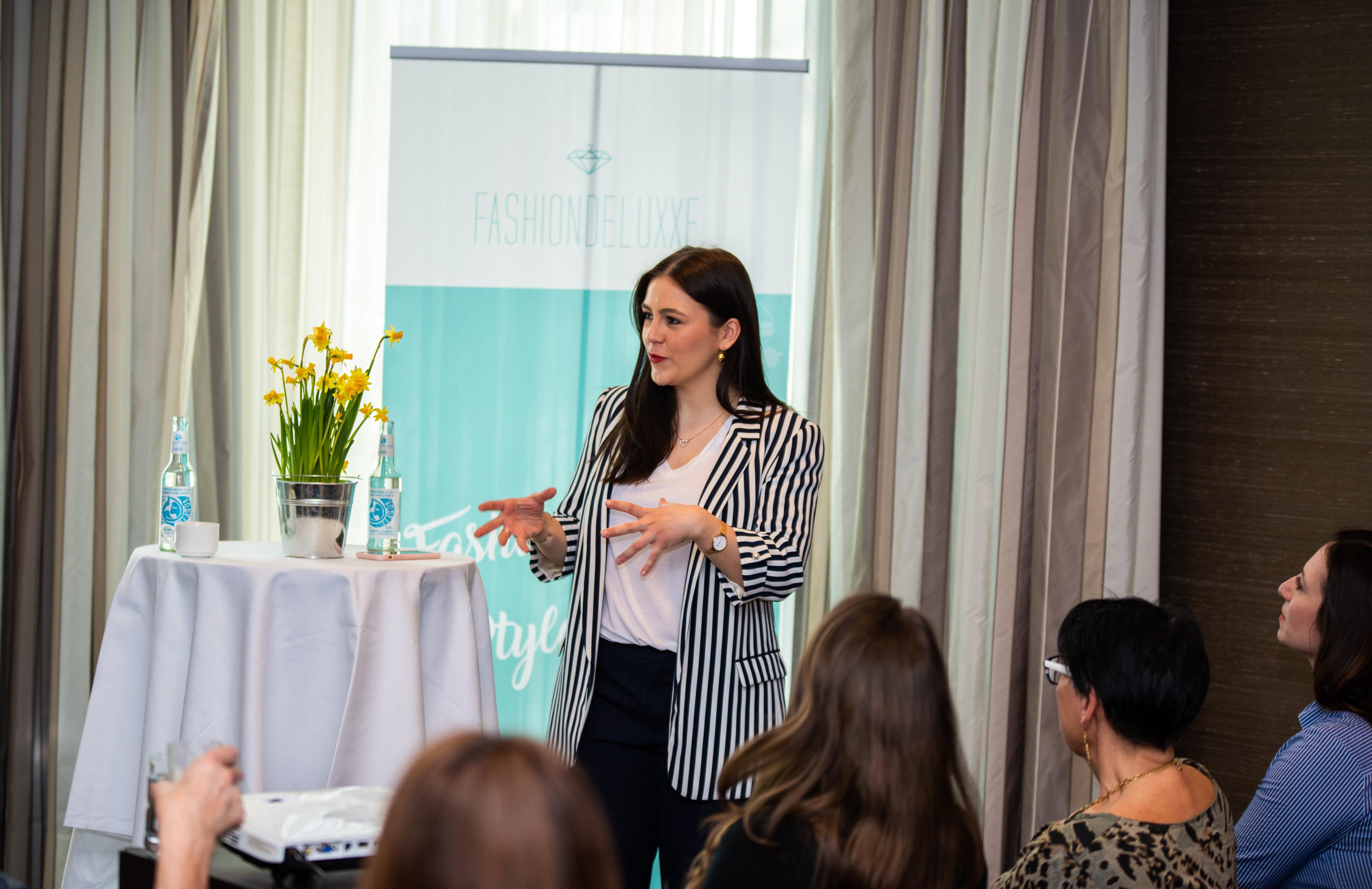 Networking Deluxe by Mediadeluxe! Die Fashiondeluxxe Style Party - Edition: Business bot den Business Women in München eine stilvolle Plattform für's Netzwerken - Moderation